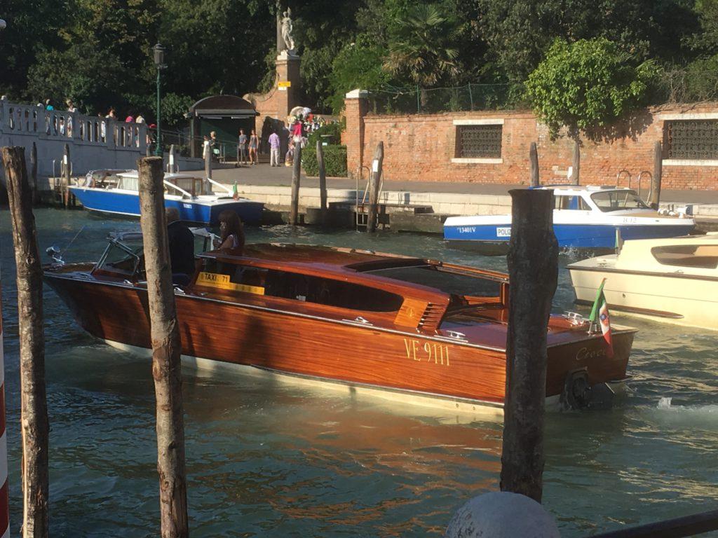 Wassertaxi in Venedig