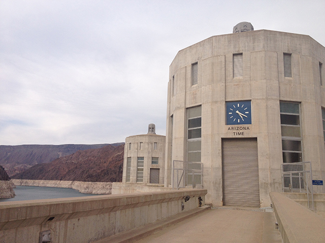 Hoover Dam - Uhrzeit in Arizona