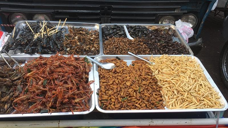 Bangkok Chinatown - Käfer die man essen kann
