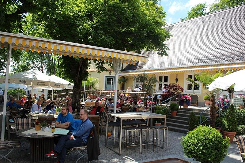 Biergarten im Klostergasthof