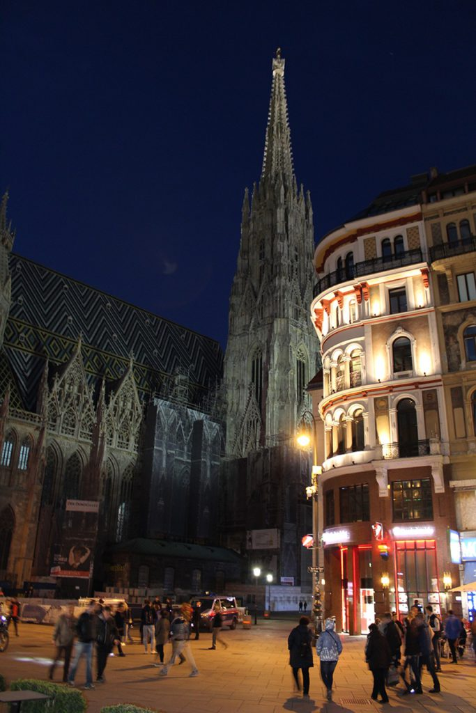 Stephansplatz bei Nacht