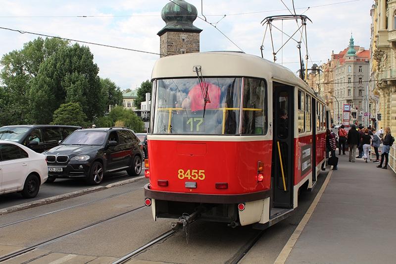 Tram 17 in Prag