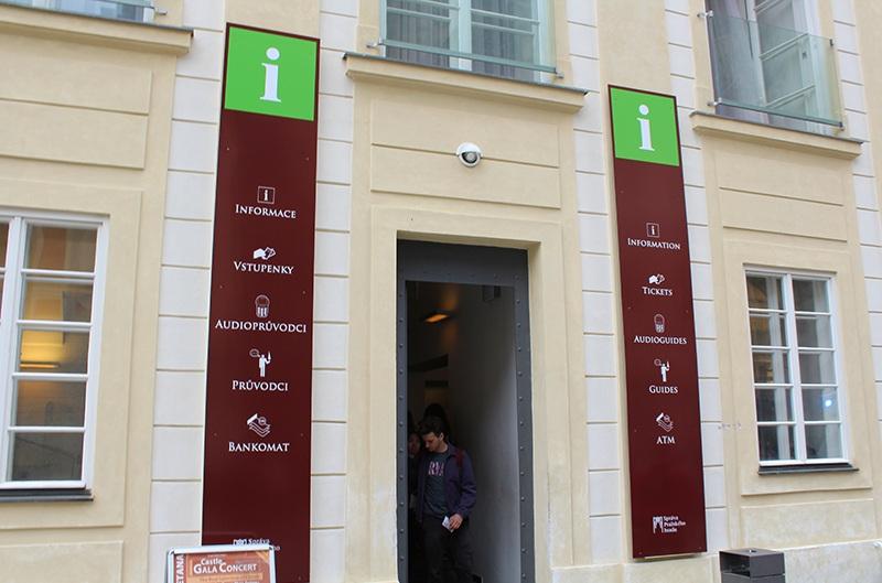 Verkaufsstelle für Tickets - Veitsdom in Prag