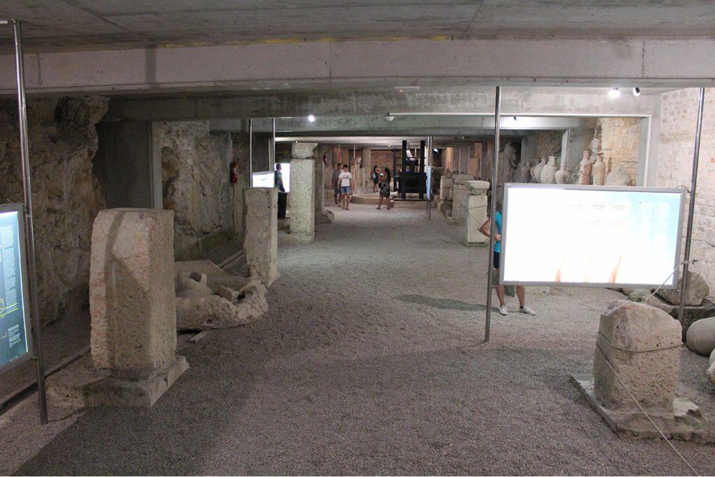 Pula Arena - Die Katakomben
