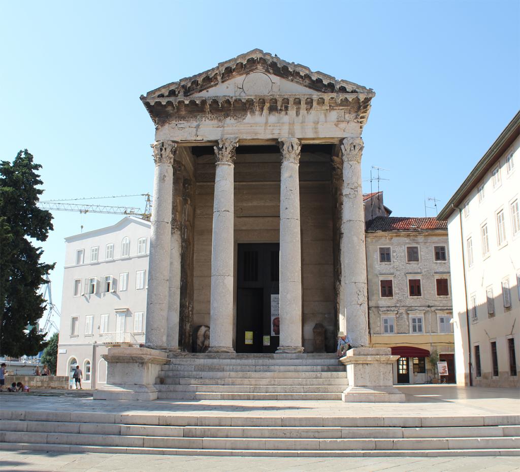 Pula - Tempel von Augustus