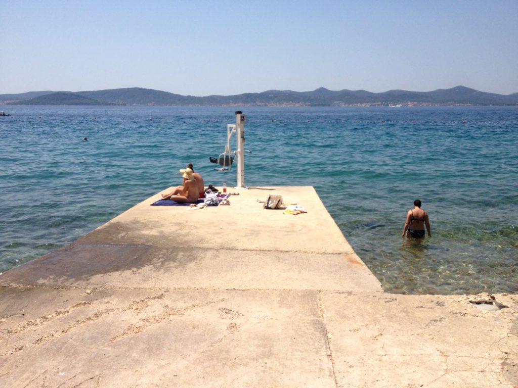 Strand in Zadar für Rollstuhlfahrer