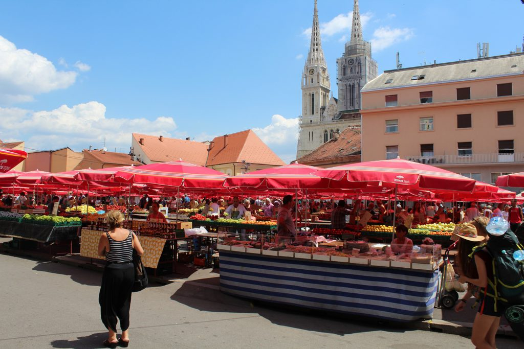 Händler auf dem Dolac Market