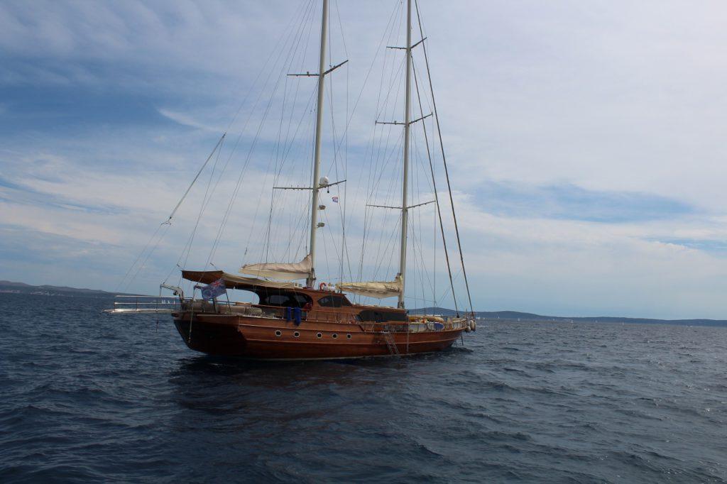 Yacht im Hafen von Split