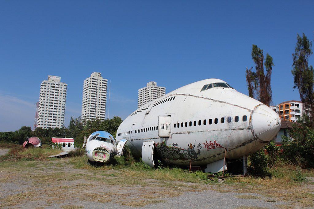Flugzeugfriedhof in Bangkok - Airplane Graveyard