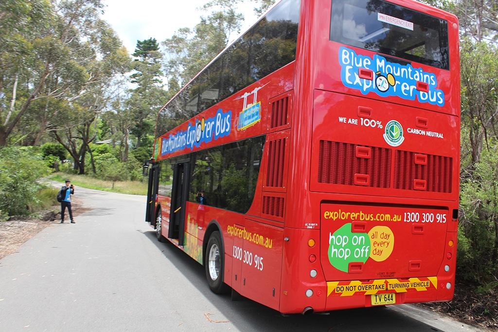 Blue Mountains Tour Bus