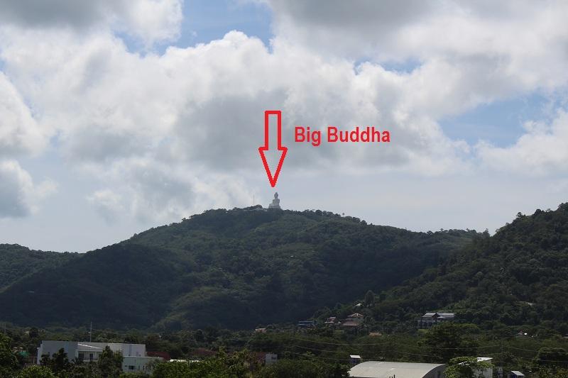 Blick auf Big Buddha vom Wat chalong