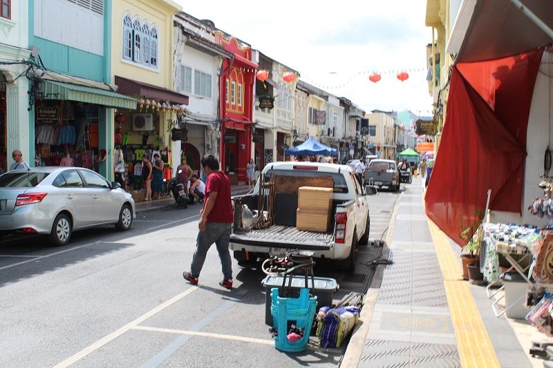 Thalang Road in Phuket - Aufbau vom Markt