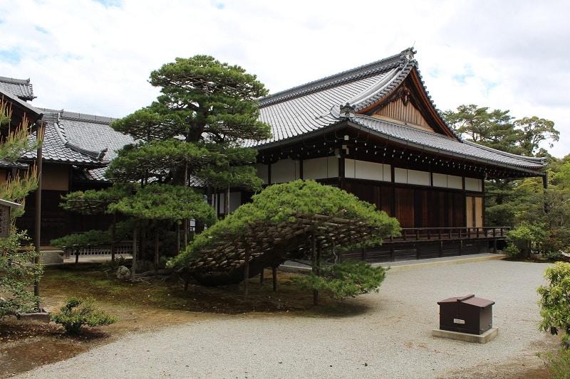 Rokuon-ji-Tempel