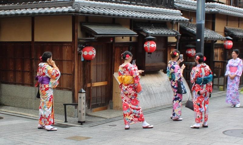 Kyoto Geisha in Gion