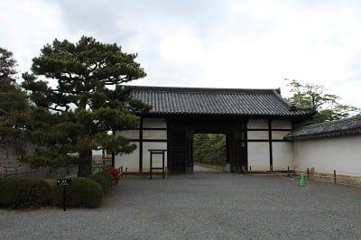 Schutzmauer der Burg Nijo